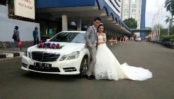 mobil wedding